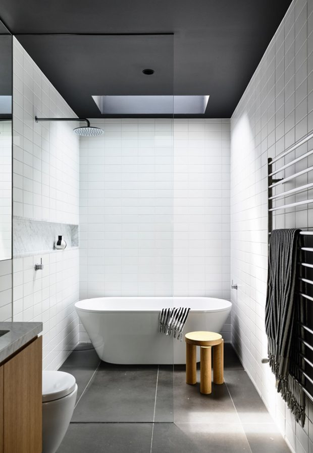 ห้องน้ำโทนสีขาว-เทาดำ