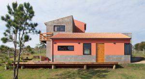 บ้านโมเดิร์นสีสด