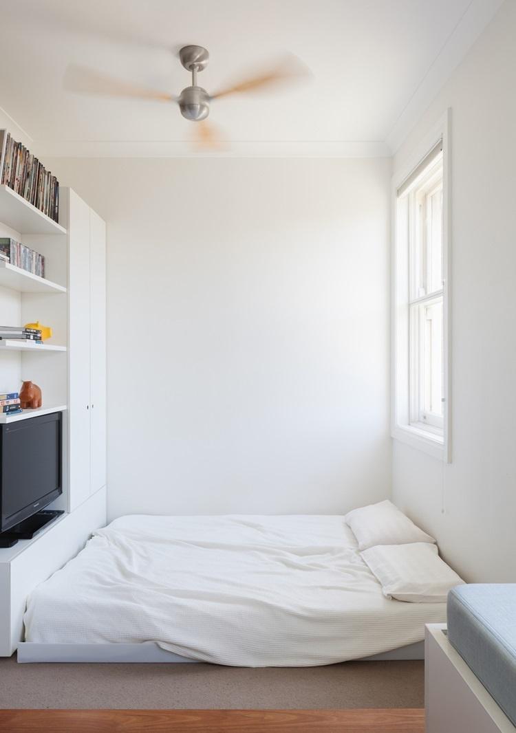 ที่นอน floor bed