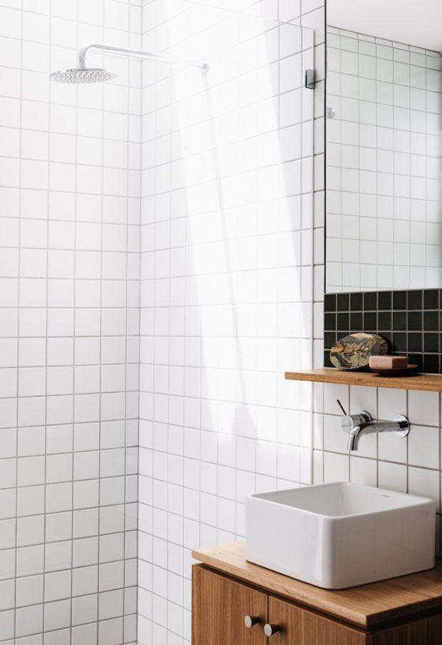 ห้องน้ำตกแต่งกระเบื้องสีขาว-ดำ