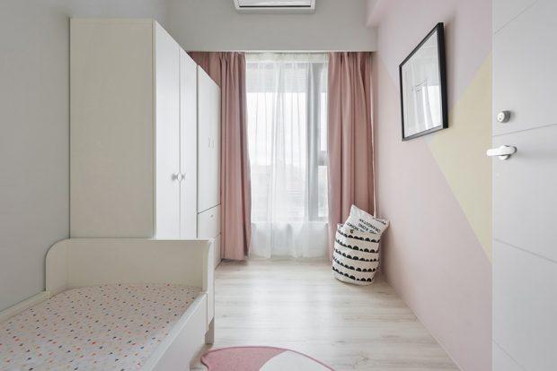 ห้องนอนเด็กโทนสีชมพูกะปิ