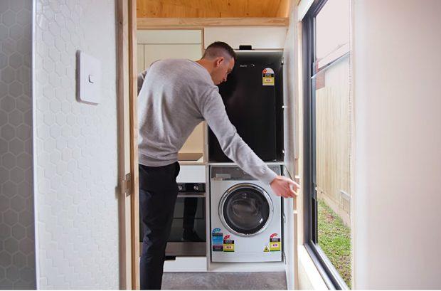 บานซ่อนที่เก็บตู้เย็นและเครื่องซักผ้า