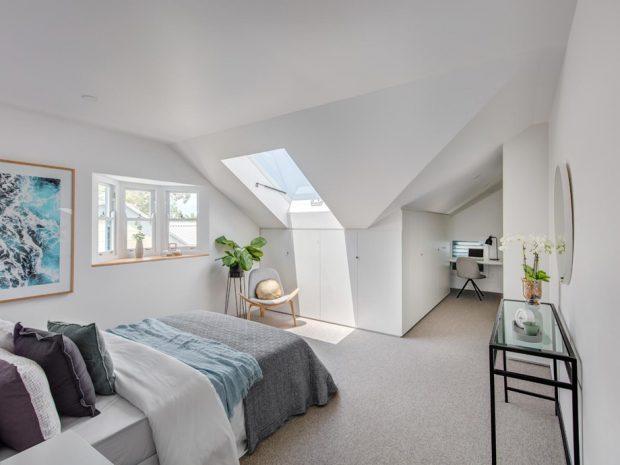 ช่องแสง skylight ในห้องนอน