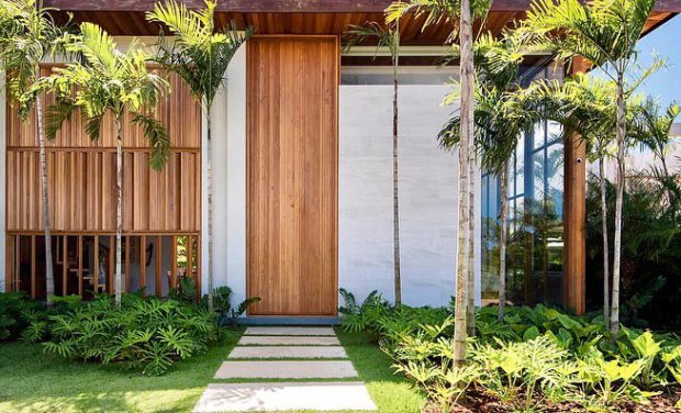 ประตูไม้ขนาด over size
