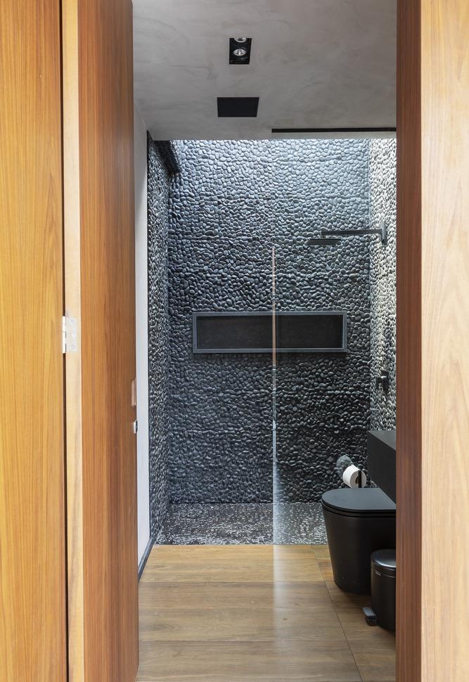 ห้องน้ำโทนสีเทาดำ