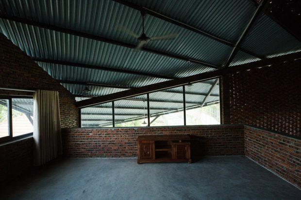 ช่องแสงใต้เพดาน