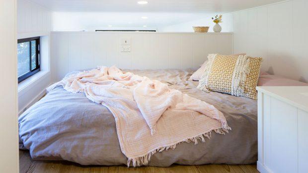 ห้องนอนบนชั้นลอย