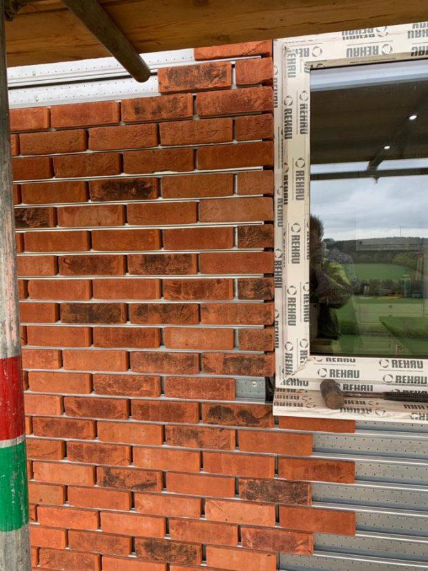 Brick-Cladding-System-ระบบผนังอิฐโชว์แนว