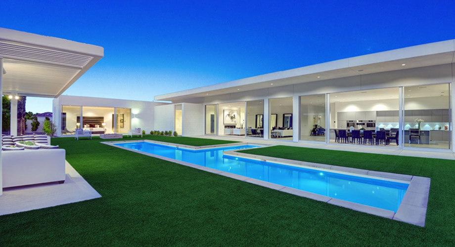 บ้านชั้นเดียวมีสระว่ายน้ำ
