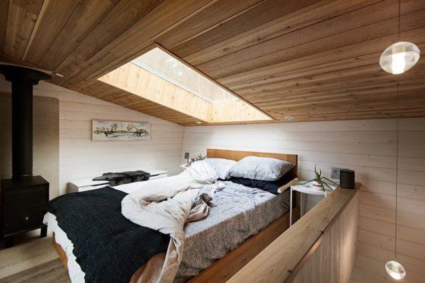 ช่องแสงสกายไลท์ในห้องนอน