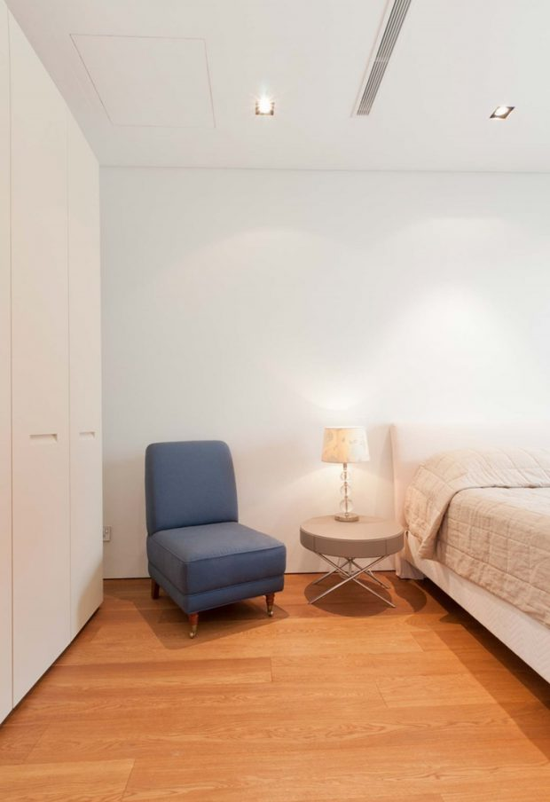 ห้องนอนโทนสีสว่าง