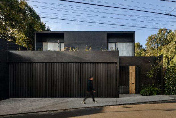 บ้านโมเดิร์นสีดำ