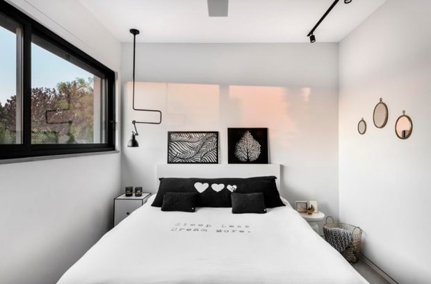 ห้องนอนสีขาว-ดำ