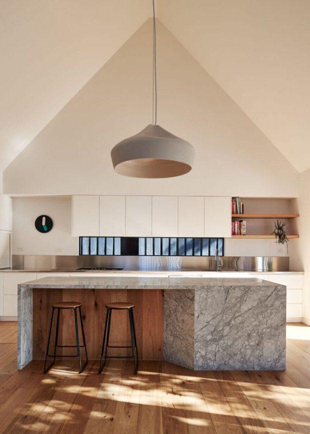 โคมไฟในห้องครัว