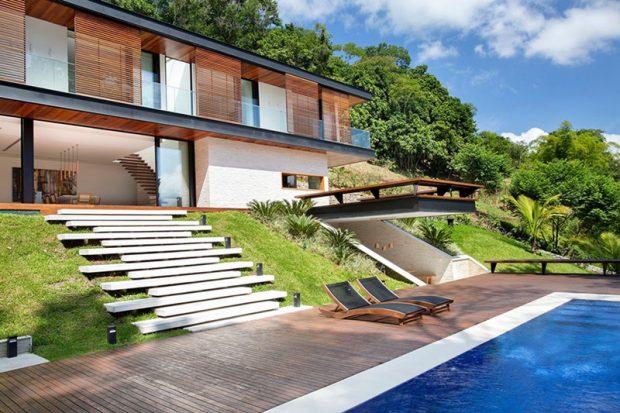สร้างบ้านบนเนิน