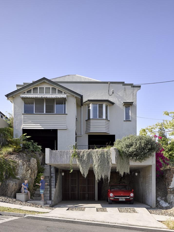 บ้านคอนกรีตใกล้ชิดธรรมชาติ