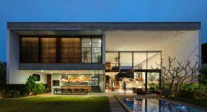 บ้านคอนกรีตหน้าบ้าน