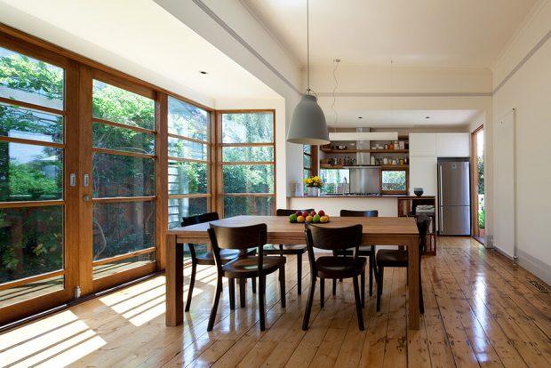 พื้นไม้ในห้องครัว