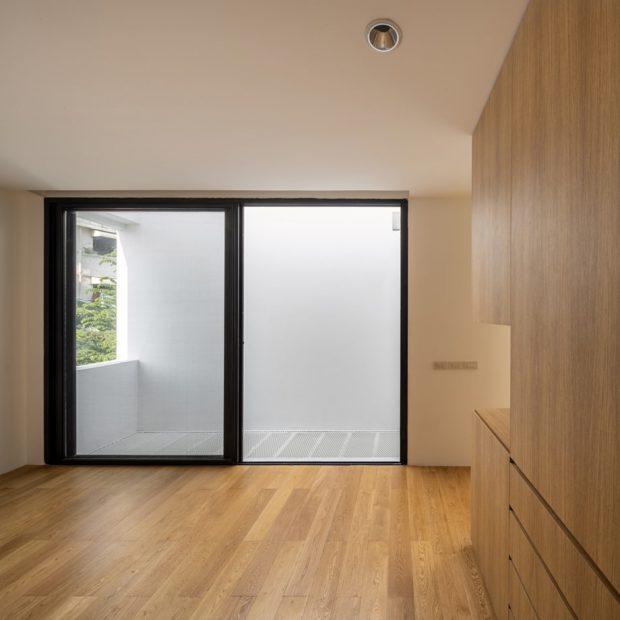 ประตูบานสไลด์