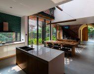 มุมครัวในบ้านโถงสูง