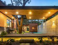 จัดแสงไฟในบ้านและสวน
