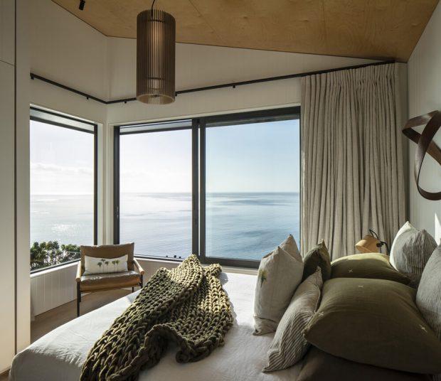 ห้องนอนวิวทะเล