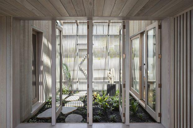 สวนในบ้านเชื่อมต่อห้องนอน
