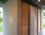 ประตูบานเกล็ดไม้