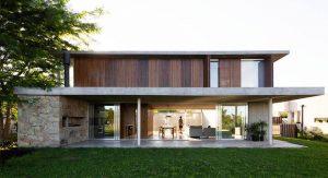 บ้านสองชั้นคอนกรีตแต่งงานไม้