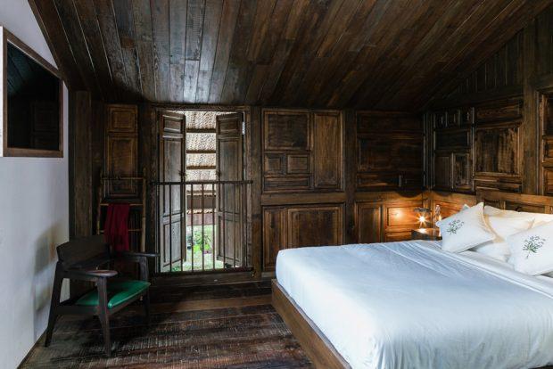 ห้องนอนไม้บ้านโบราณ