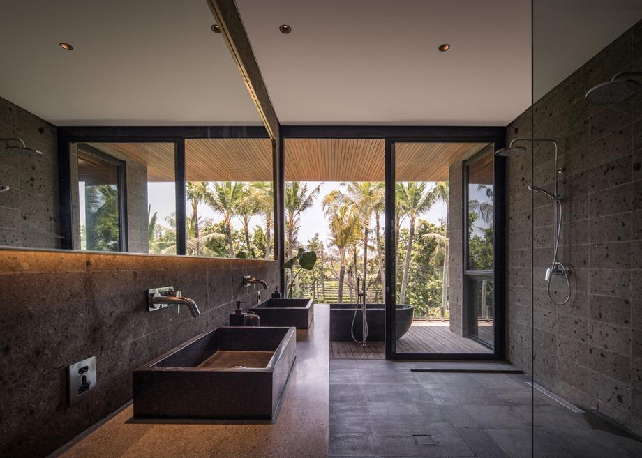 ห้องน้ำผนังกระจกมองเห็นวิว