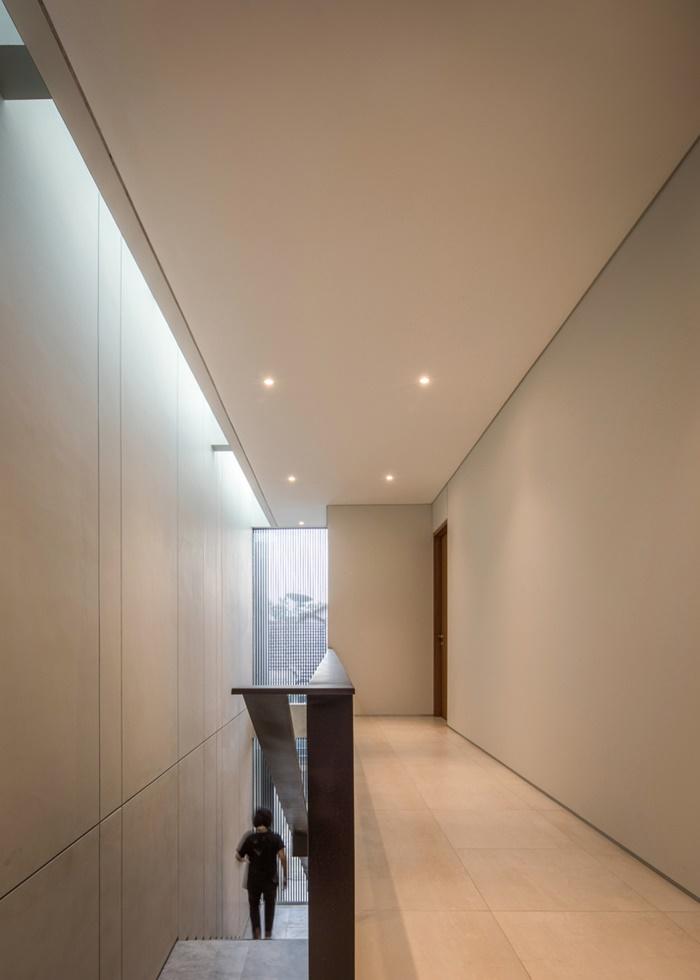 ช่องแสง skylight ตามแนวบันได