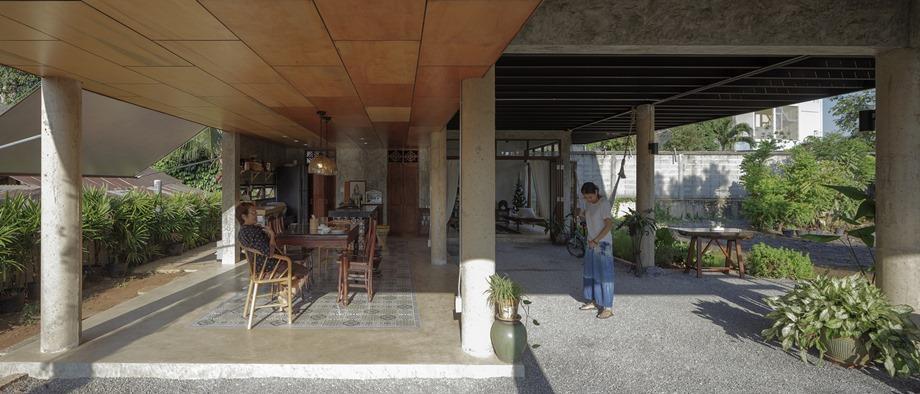 พื้นที่ใช้งานใต้ถุนบ้าน