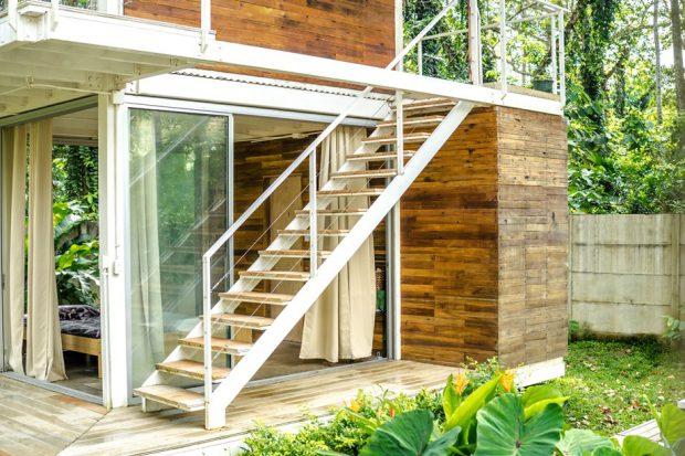 บ้านโครงสร้างเหล็กกรุวัสดุธรรมชาติ