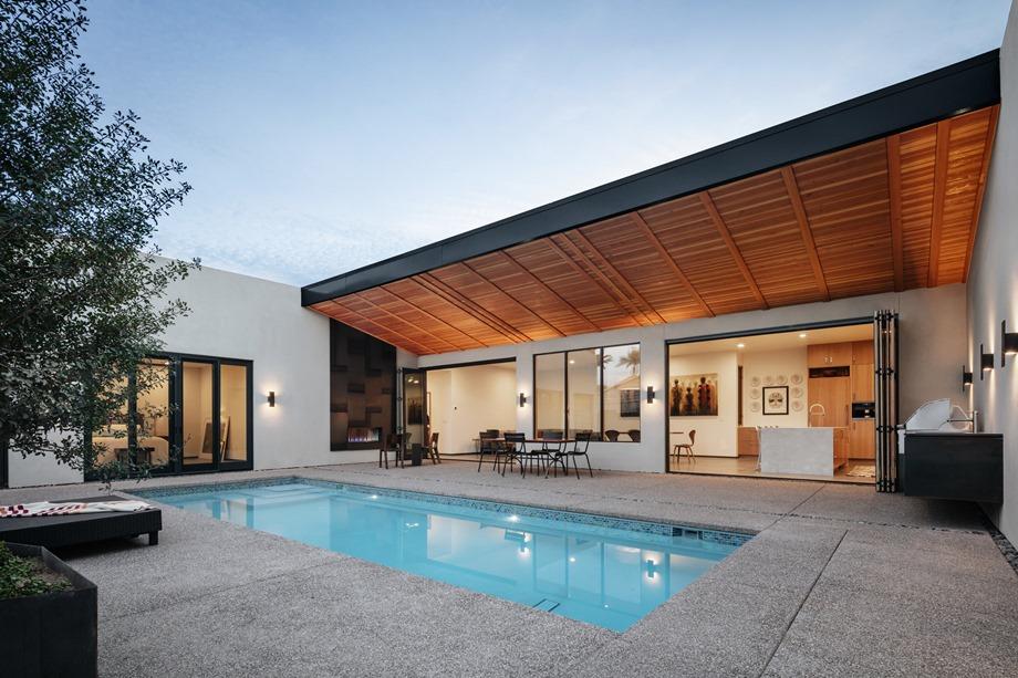บ้านโมเดิร์นมีสระว่ายน้ำ