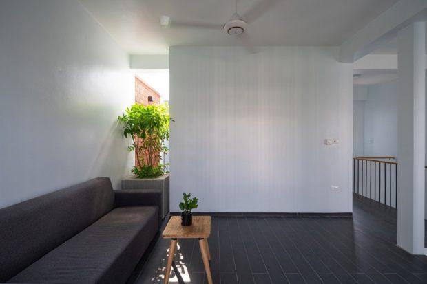 ช่องว่างรับแสงและลมในบ้าน