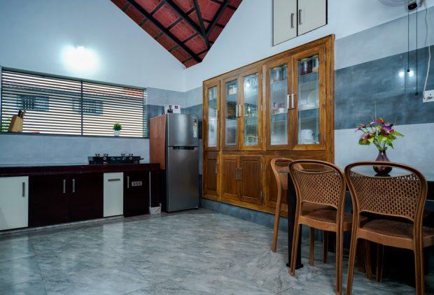 ตู้เก็บของฝังผนังในห้องครัว