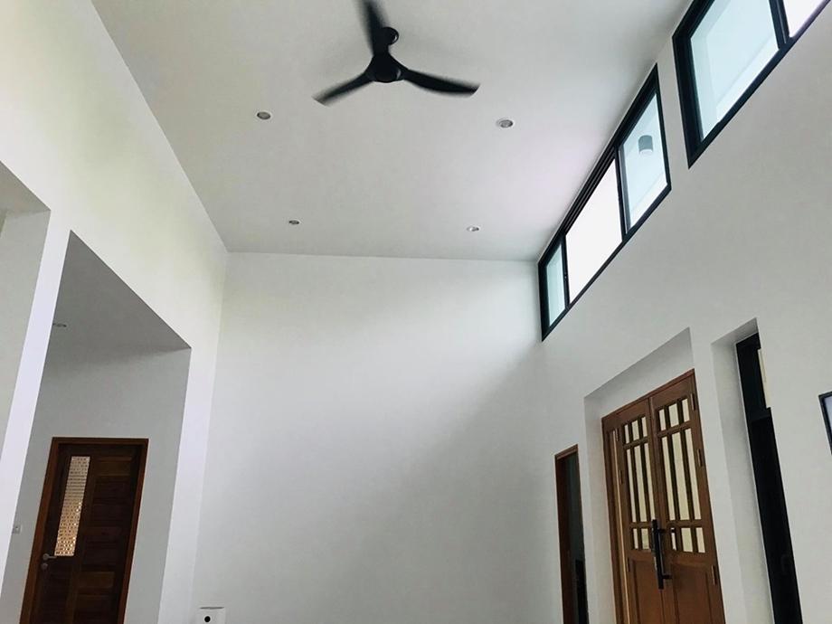ช่องลมและพัดลมเพดาน