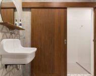 ห้องน้ำตกแต่งกระเบื้องสามเหลี่ยม