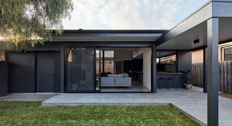 บ้านกล่องสีดำ