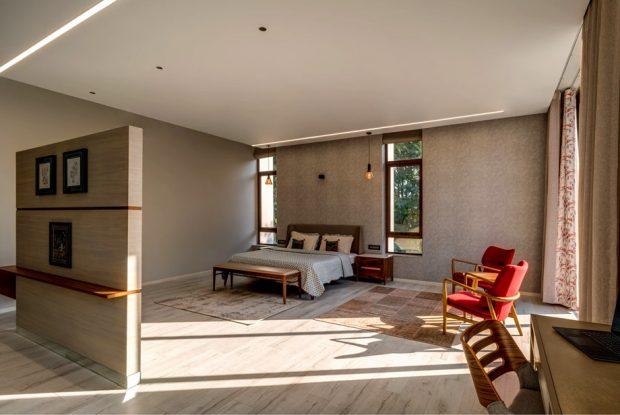 ห้องนอนโปร่งสว่าง