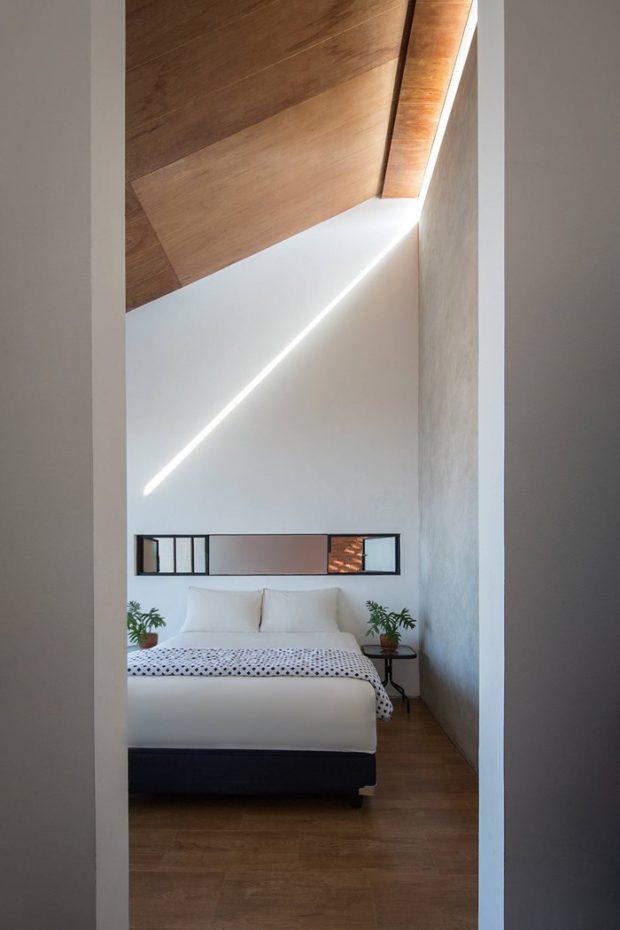 ช่องแสงสวย ๆ ในห้องนอน