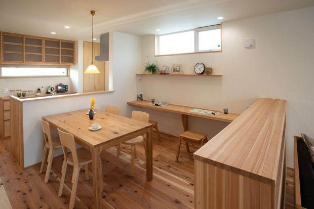 พื้นที่ทานอาหารในบ้าน