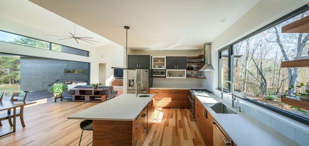 ห้องครัวแบบเปิดเห็นวิวสองด้าน