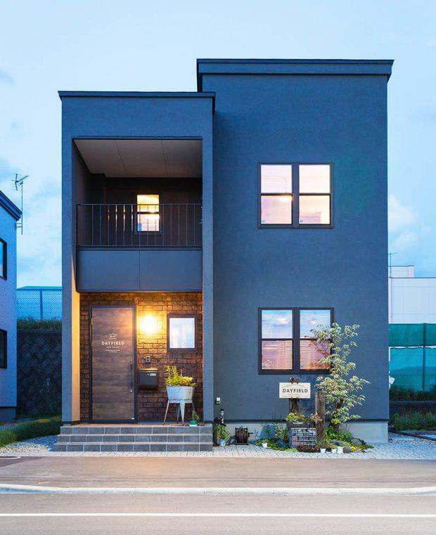 บ้านหน้าแคบในญี่ปุ่น