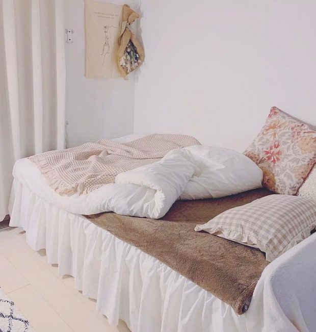 เตียงนอนเล็ก ๆ