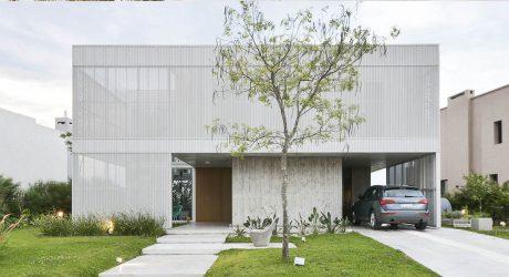 บ้านคอนกรีต ฟาซาดสีขาว