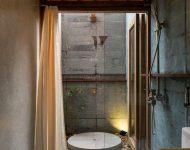 ห้องอาบน้ำ outdoor