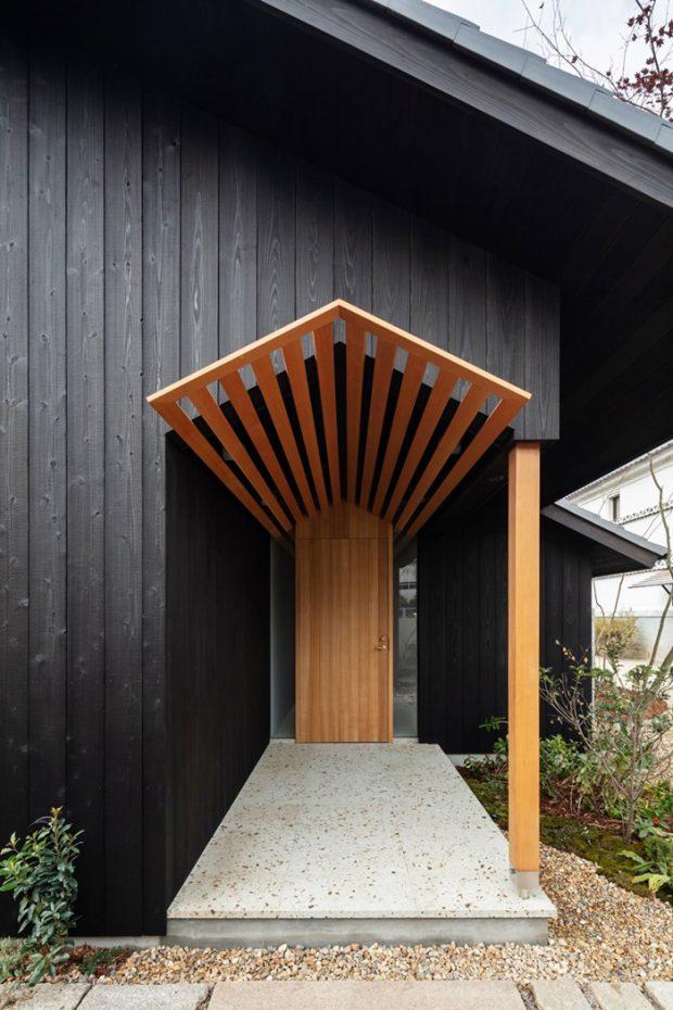 ซุ้มประตูไม้สไตล์ญี่ปุ่น