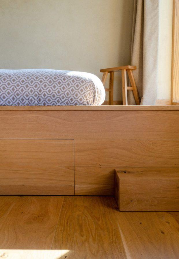 ลิ้นชักเก็บของใต้เตียง